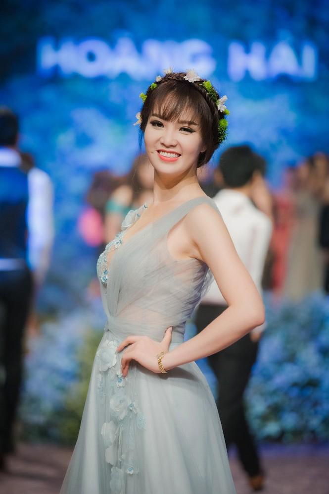 Dàn Hoa hậu, Á hậu lộng lẫy trên thảm đỏ thời trang - ảnh 6