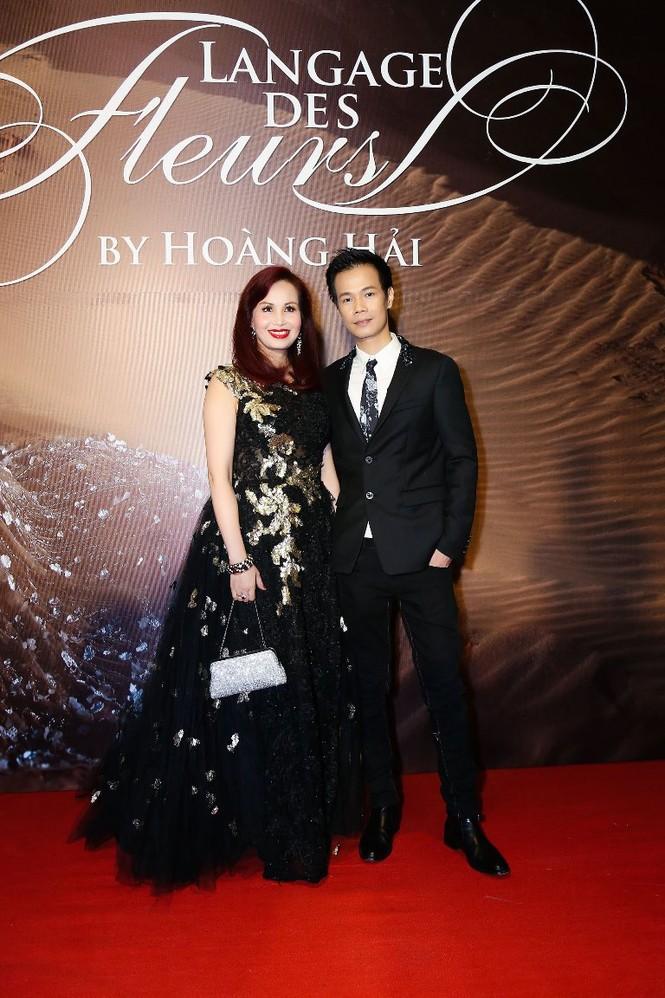 Dàn Hoa hậu, Á hậu lộng lẫy trên thảm đỏ thời trang - ảnh 11