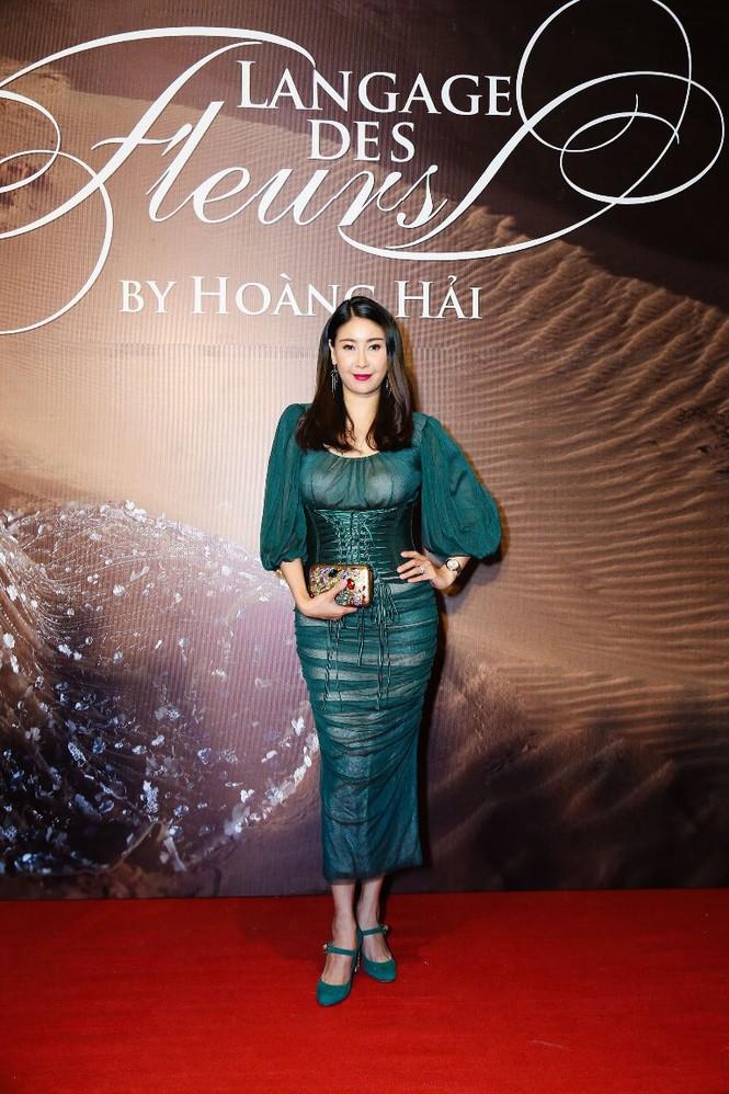 Dàn Hoa hậu, Á hậu lộng lẫy trên thảm đỏ thời trang - ảnh 10