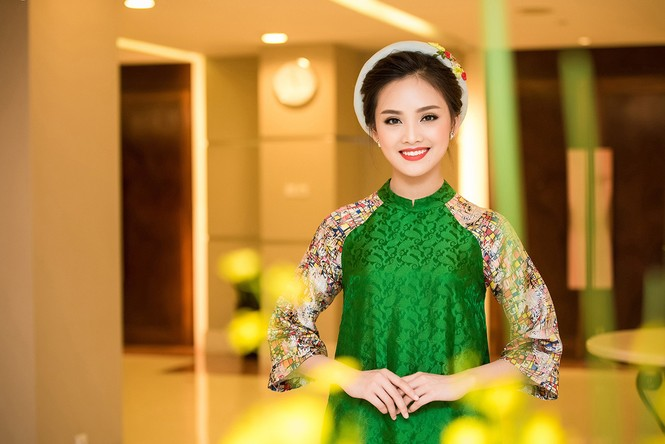 Phùng Bảo Ngọc Vân, Trần Tố Như xinh đẹp hội ngộ ở Hà Nội - ảnh 9