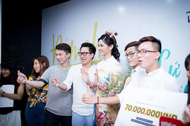 Á hậu Thùy Dung khoe tài ca hát xứng danh 'Người đẹp Tài năng' - ảnh 8