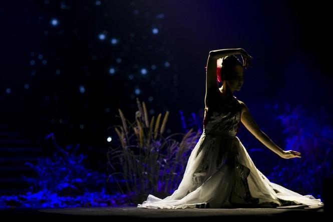 Linh Nga, Thu Phương phiêu cùng tiếng violin của Hoàng Rob - ảnh 4