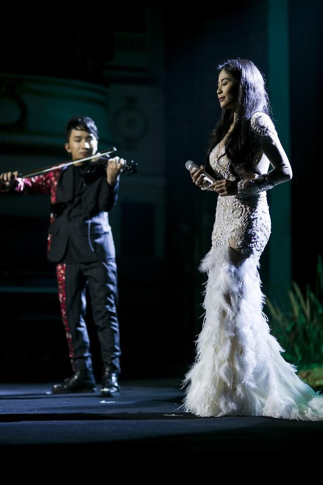 Linh Nga, Thu Phương phiêu cùng tiếng violin của Hoàng Rob - ảnh 6