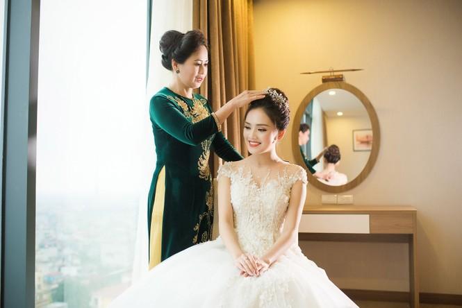 Top 10 HHVN Tố Như diện váy cưới đính kim cương trong hôn lễ - ảnh 3