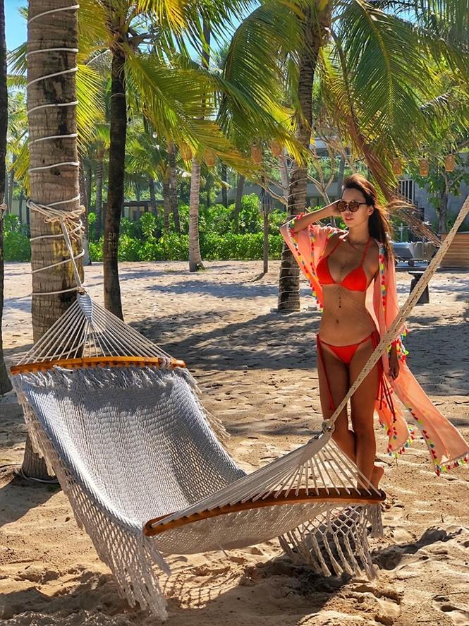 Hà Anh mặc bikini 'bỏng mắt', hé lộ bí quyết thon gọn của 'gái một con' - ảnh 3