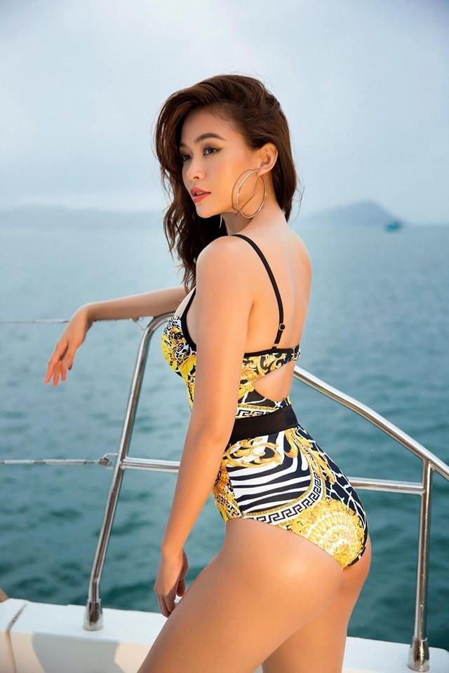 Á hậu Mâu Thuỷ 'đốt mắt' fans với loạt ảnh khoe đường cong hoàn hảo cùng bikini - ảnh 3
