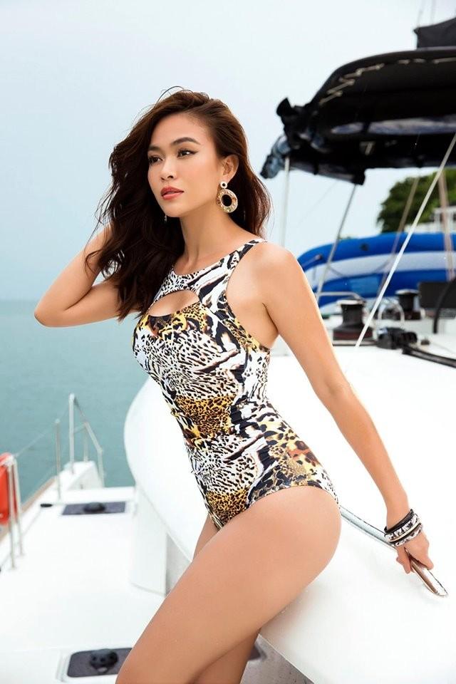 Á hậu Mâu Thuỷ 'đốt mắt' fans với loạt ảnh khoe đường cong hoàn hảo cùng bikini - ảnh 2