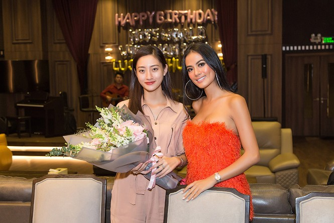 Hoa hậu Tiểu Vy và dàn người đẹp để mặt mộc dự sinh nhật Hoa hậu Lương Thuỳ Linh - ảnh 5