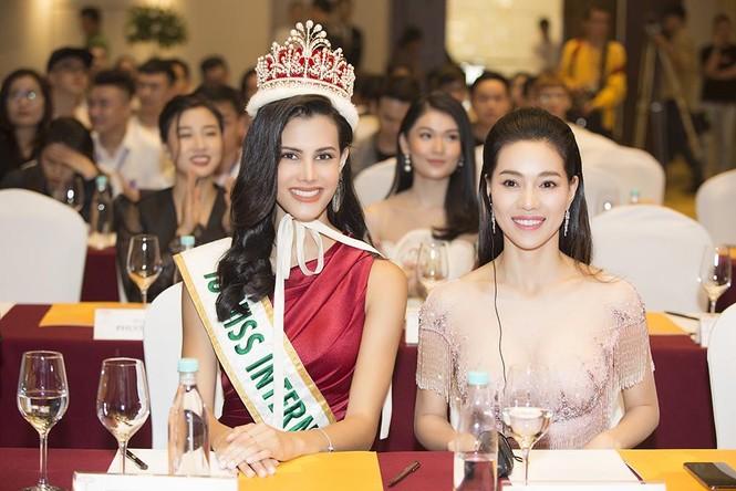 Dàn Hoa hậu, Á hậu lộng lẫy và gợi cảm 'đọ sắc' cùng Hoa hậu Quốc tế 2018 - ảnh 13