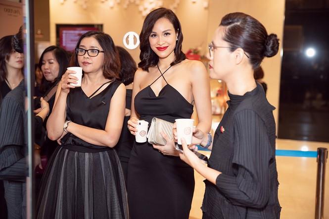Bụng bầu 7 tháng, Phương Mai vẫn mặc váy bó sát nóng bỏng đi sự kiện - ảnh 5