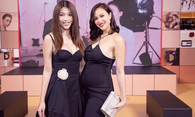 Bụng bầu 7 tháng, Phương Mai vẫn mặc váy bó sát nóng bỏng đi sự kiện - ảnh 7