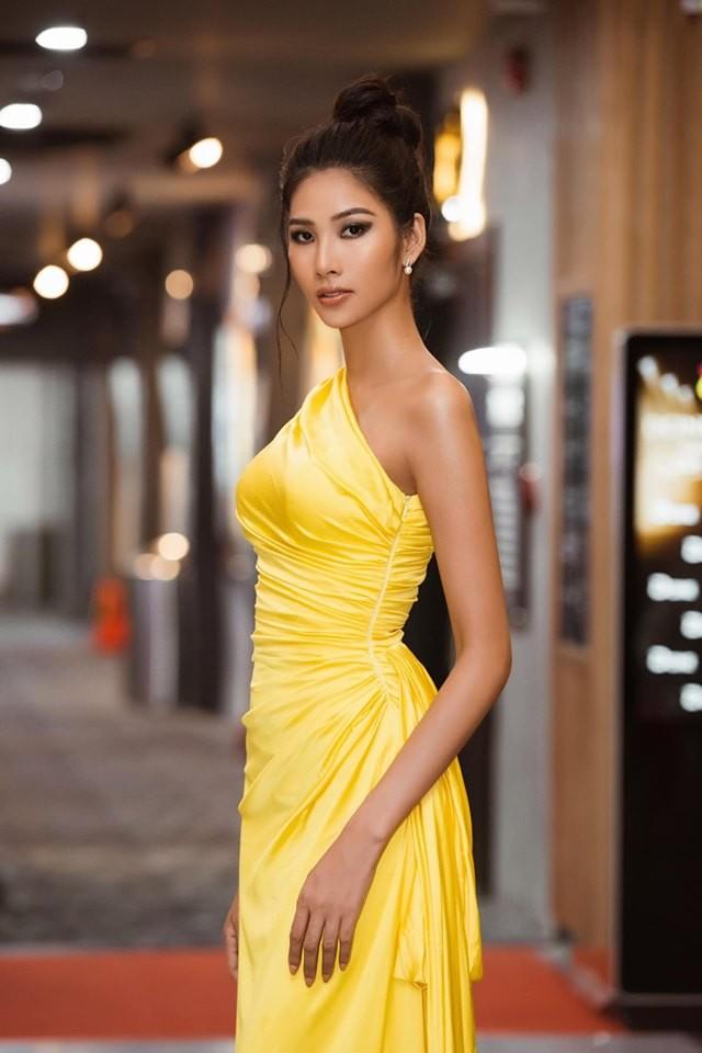 Á hậu Huyền My gợi cảm hết nấc với váy xẻ ngực - ảnh 7