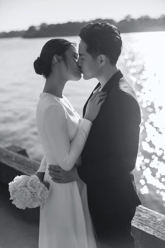 Đông Nhi - Ông Cao Thắng tung ảnh cưới đen trắng đẹp như mơ ở Sydney - ảnh 1