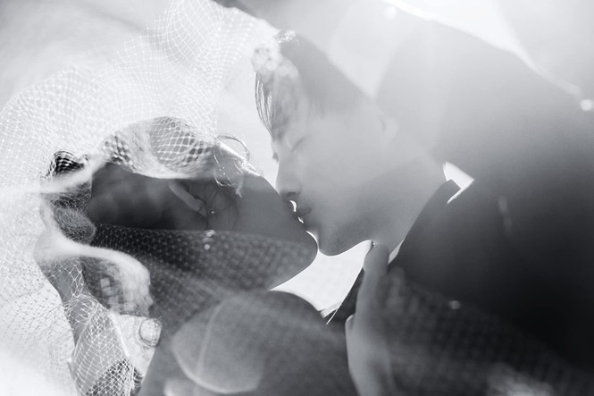 Đông Nhi - Ông Cao Thắng tung ảnh cưới đen trắng đẹp như mơ ở Sydney - ảnh 6