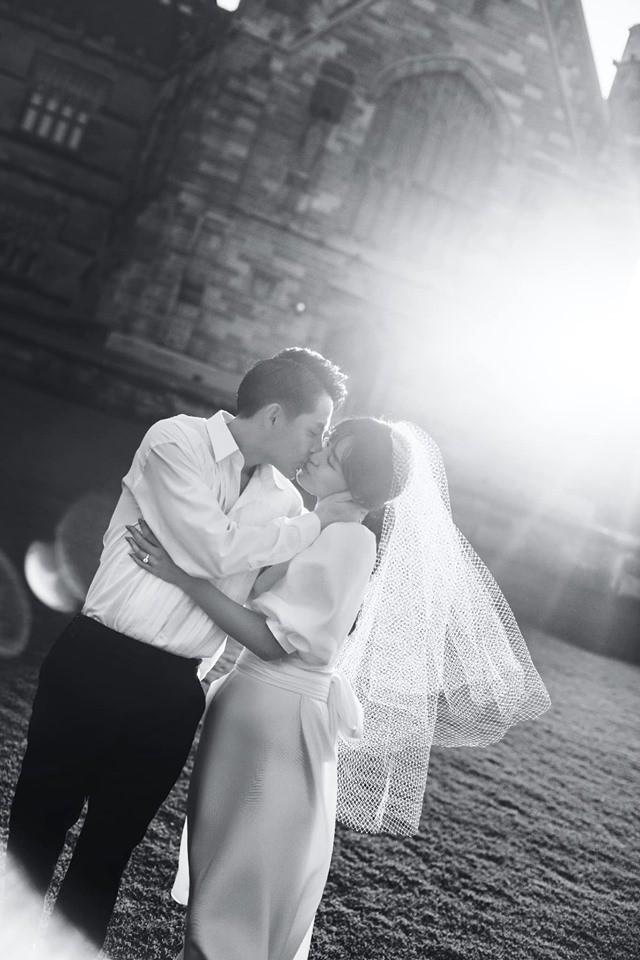 Đông Nhi - Ông Cao Thắng tung ảnh cưới đen trắng đẹp như mơ ở Sydney - ảnh 9