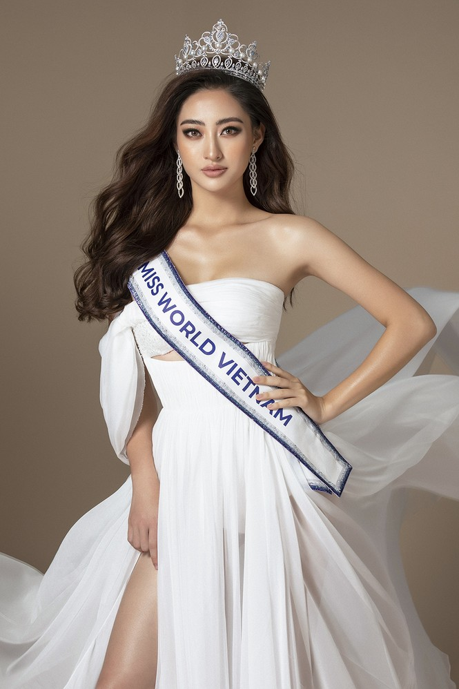 H'Hen Niê khen hết lời, dự đoán Hoàng Thuỳ giành vương miện Miss Universe 2019 - ảnh 14