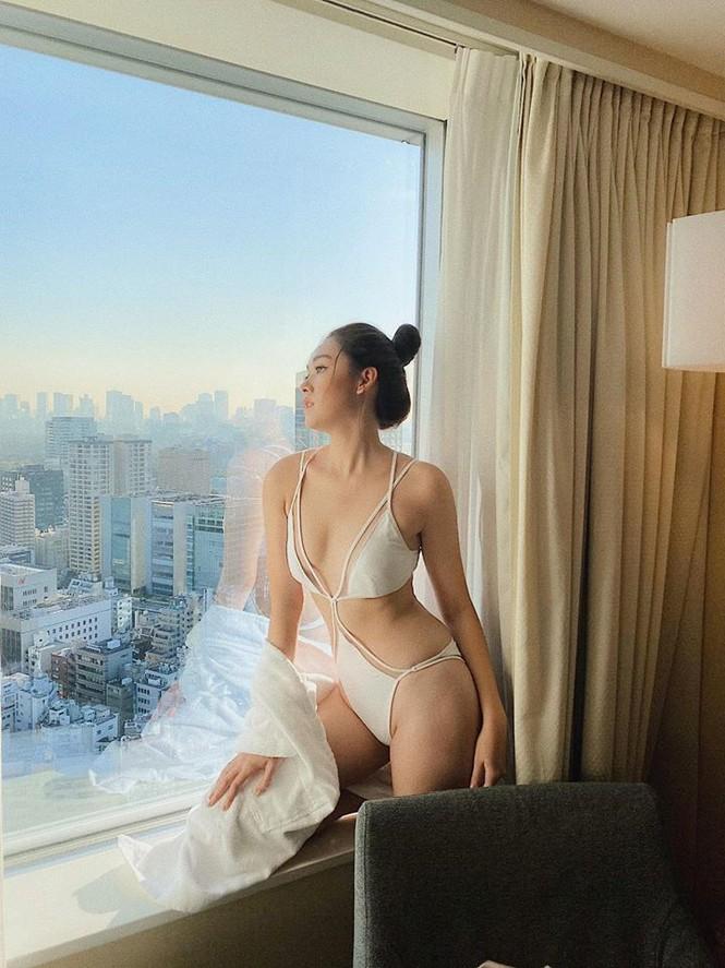 Tường San khoe body bốc lửa với bikini ở Hoa hậu Quốc tế khiến fan 'phát sốt' - ảnh 2