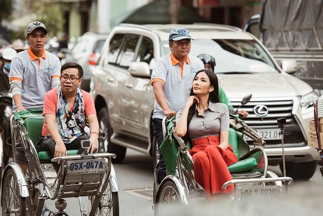 Chuyên gia đào tạo catwalk Philippines hy vọng Hoàng Thuỳ lên ngôi Miss Universe - ảnh 10