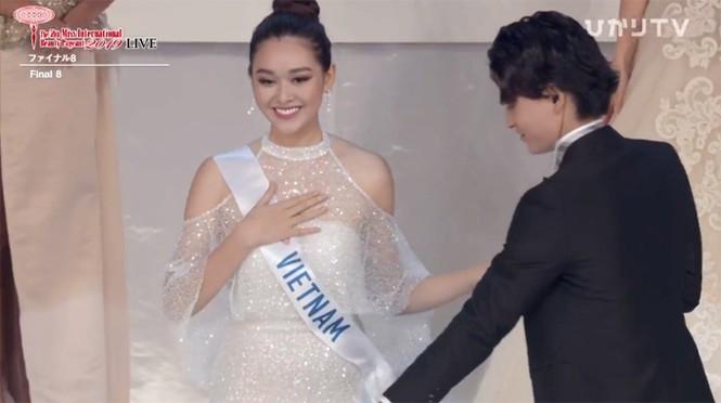 Hành trình tới top 8 cùng nhiều dấu ấn của Tường San tại Hoa hậu Quốc tế 2019 - ảnh 15