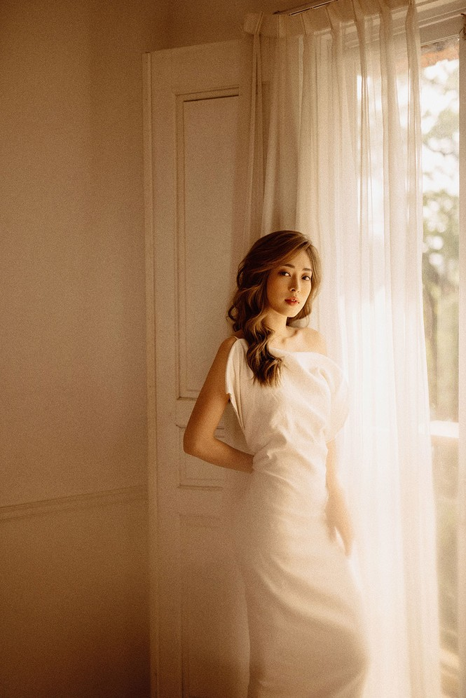 Sau nghi vấn kết hôn, Á hậu Phương Nga hóa nàng thơ trong bộ ảnh mừng sinh nhật - ảnh 3