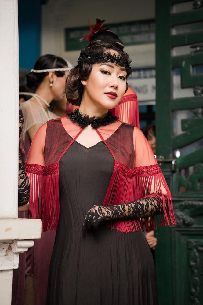 Ngô Phương Lan bất ngờ diễn mở màn show thời trang dù mới sinh con 8 tháng - ảnh 5