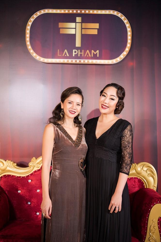 Ngô Phương Lan bất ngờ diễn mở màn show thời trang dù mới sinh con 8 tháng - ảnh 1
