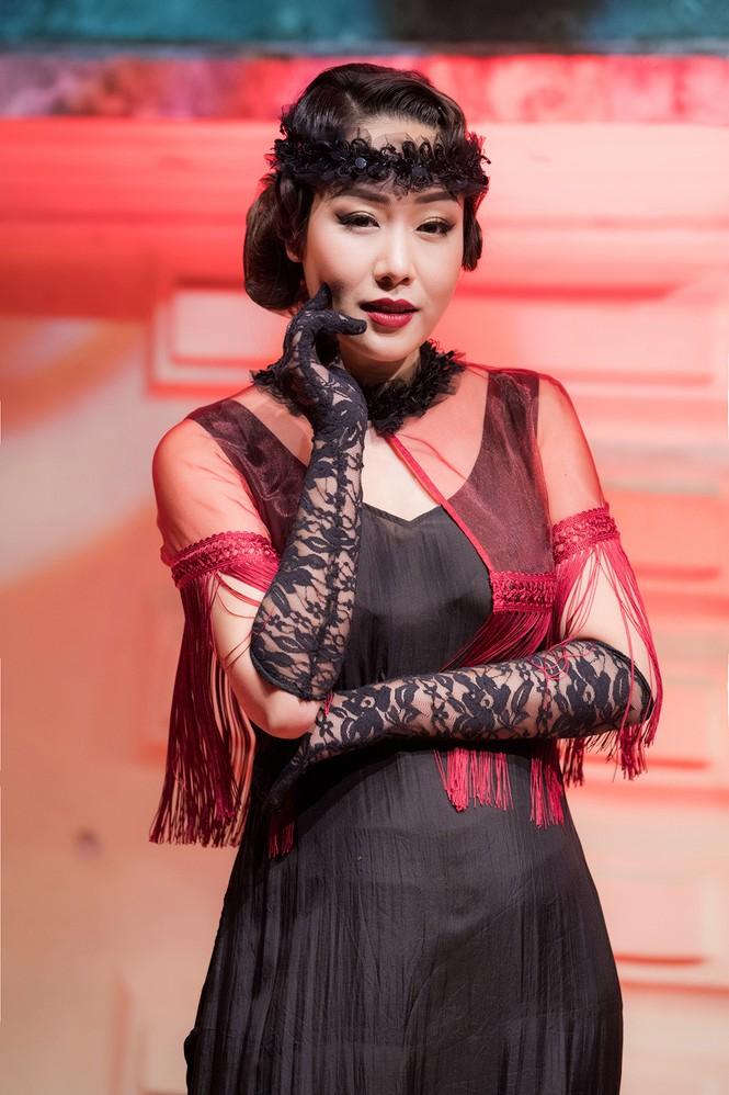 Ngô Phương Lan bất ngờ diễn mở màn show thời trang dù mới sinh con 8 tháng - ảnh 10