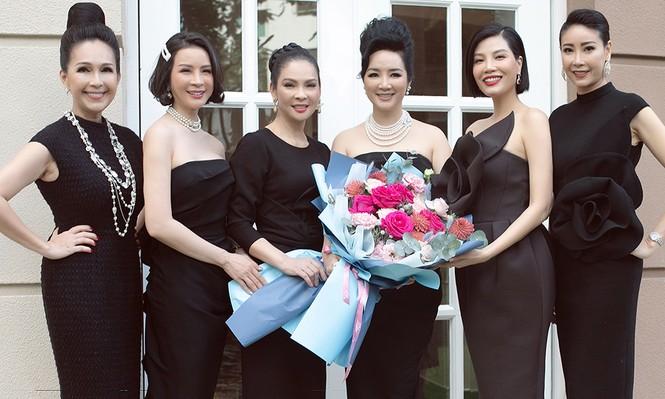 Người đẹp Thuỷ Hương hội ngộ dàn mỹ nhân đình đám một thời  - ảnh 10