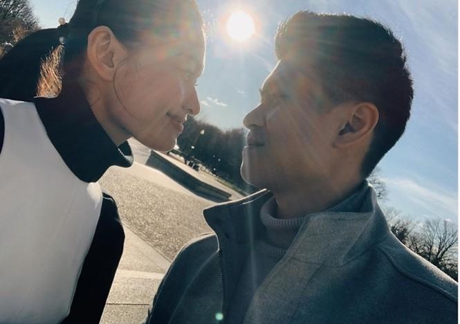 Á hậu Thuỳ Dung đăng ảnh tình tứ đi du lịch cùng bạn trai ở Mỹ - ảnh 1