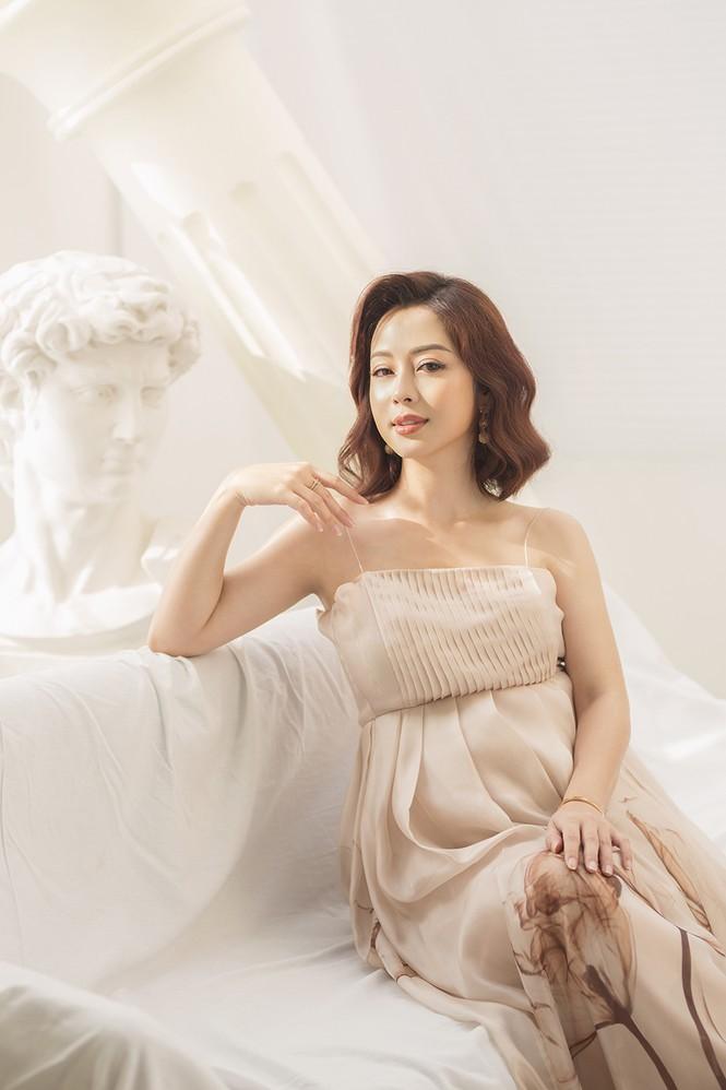 Jennifer Phạm vẫn xinh đẹp ngỡ ngàng dù tăng 10kg khi mang bầu lần thứ 4 - ảnh 8