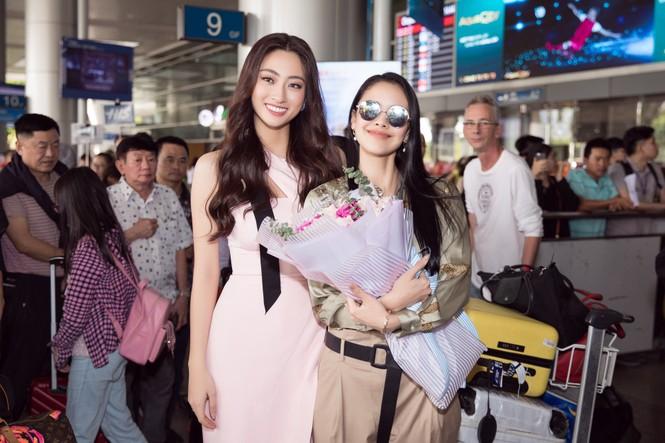 Hoa hậu thế giới Megan Young uống trà đá vỉa hè khi vừa đến Việt Nam - ảnh 3