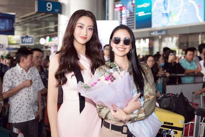 Hoa hậu thế giới Megan Young uống trà đá vỉa hè khi vừa đến Việt Nam - ảnh 4