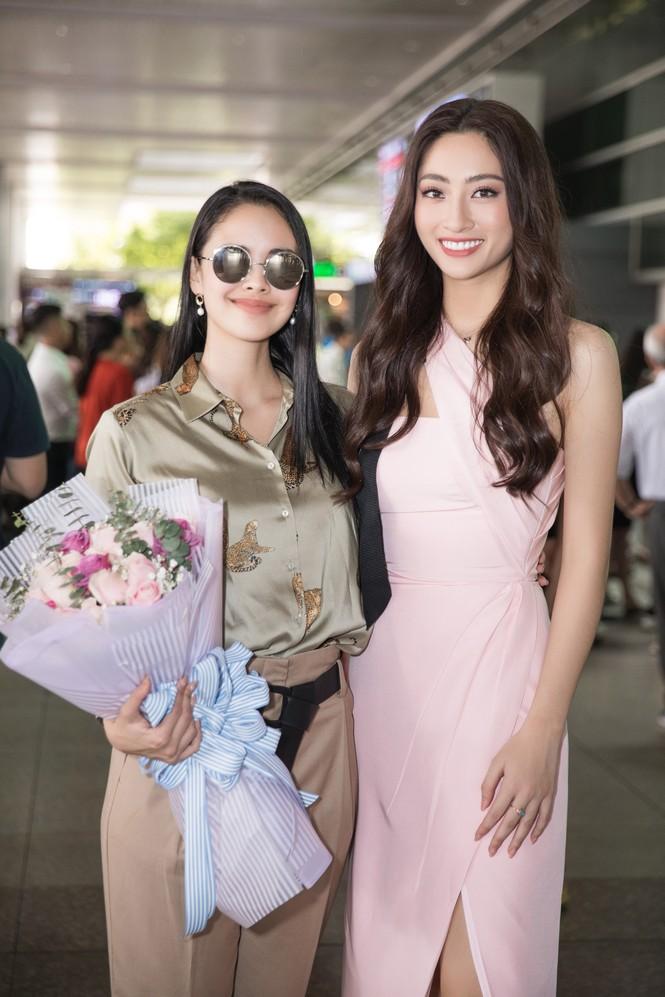 Hoa hậu thế giới Megan Young uống trà đá vỉa hè khi vừa đến Việt Nam - ảnh 5