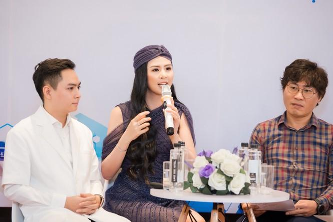 Hoa hậu Ngọc Hân mặc váy xuyên thấu gợi cảm sau khi rò rỉ ảnh dạm ngõ  - ảnh 9