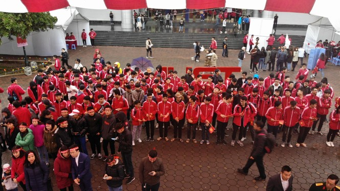 Hàng ngàn sinh viên Thủ đô tham gia hiến máu tại Chủ nhật Đỏ - ảnh 2