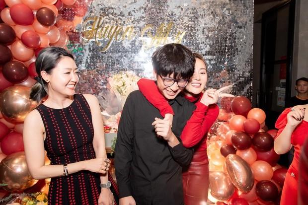 Hội em trai 'soái ca' của dàn Hoa, Á hậu Việt khiến fans 'bấn loạn' - ảnh 5