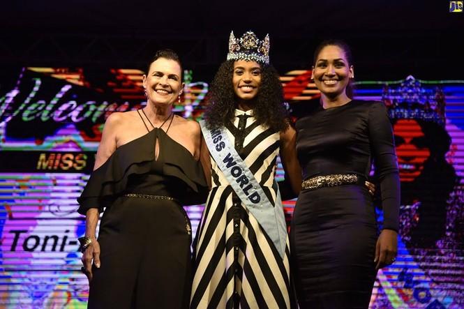 Hoa hậu thế giới được thủ tướng Jamaica chào đón khi về thăm quê nhà  - ảnh 10