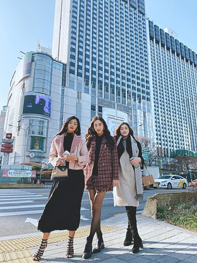 Lương Thuỳ Linh, Tường San, Kiều Loan đẹp 'bất phân thắng bại' khi mặc hanbok  - ảnh 2