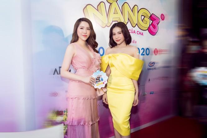 Ngọc Sơn, Kiều Minh Tuấn bảnh bao hội ngộ Hoa hậu Lê Thu Thảo - ảnh 2