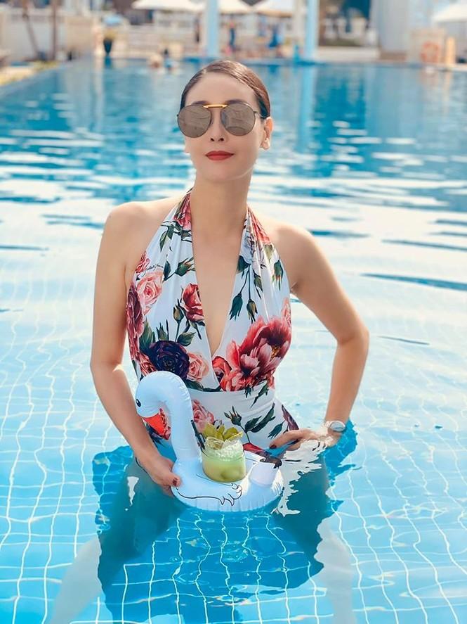 Hà Kiều Anh khoe body tuyệt mỹ tuổi 44 với bikini  - ảnh 6