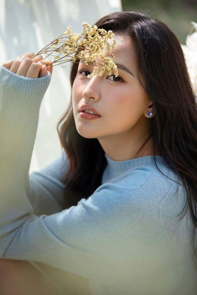 Mai Phương Thuý mặc áo tắm màu nude, khoe vòng một nóng 'bỏng mắt' - ảnh 9