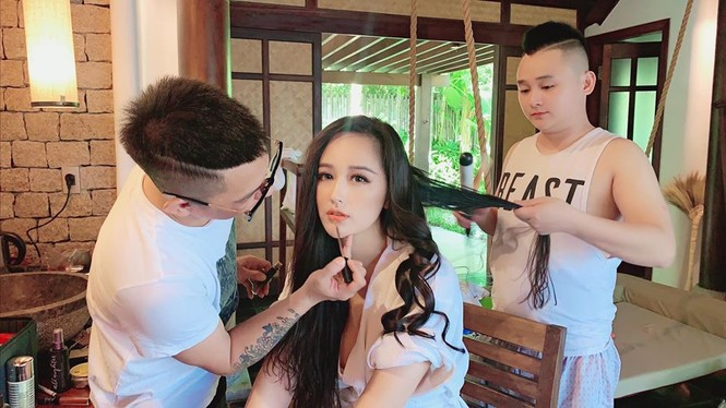 Mai Phương Thuý mặc áo tắm màu nude, khoe vòng một nóng 'bỏng mắt' - ảnh 6