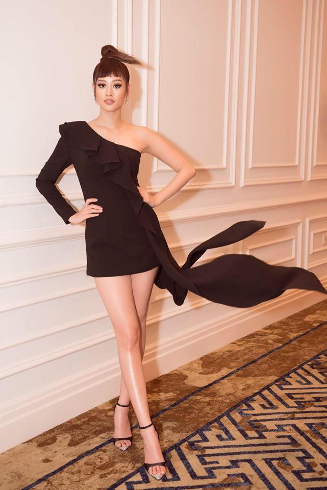 Á hậu Tú Anh mặc áo tắm màu đen đơn giản nhưng vẫn khoe khéo body cực quyến rũ - ảnh 2