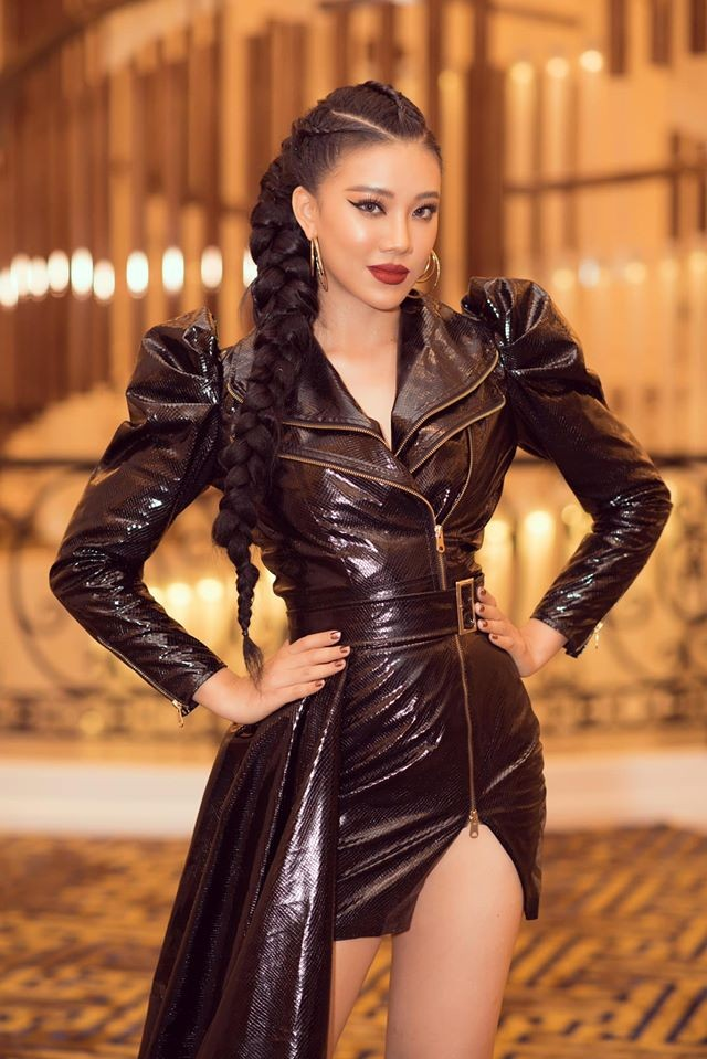 Á hậu Tú Anh mặc áo tắm màu đen đơn giản nhưng vẫn khoe khéo body cực quyến rũ - ảnh 14