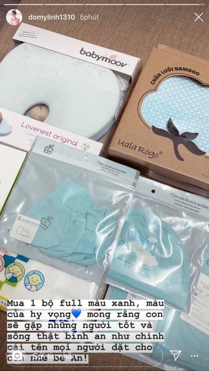 Đỗ Mỹ Linh tặng quần áo và đóng viện phí cho bé sơ sinh bị bỏ rơi 3 ngày dưới hố gas - ảnh 4