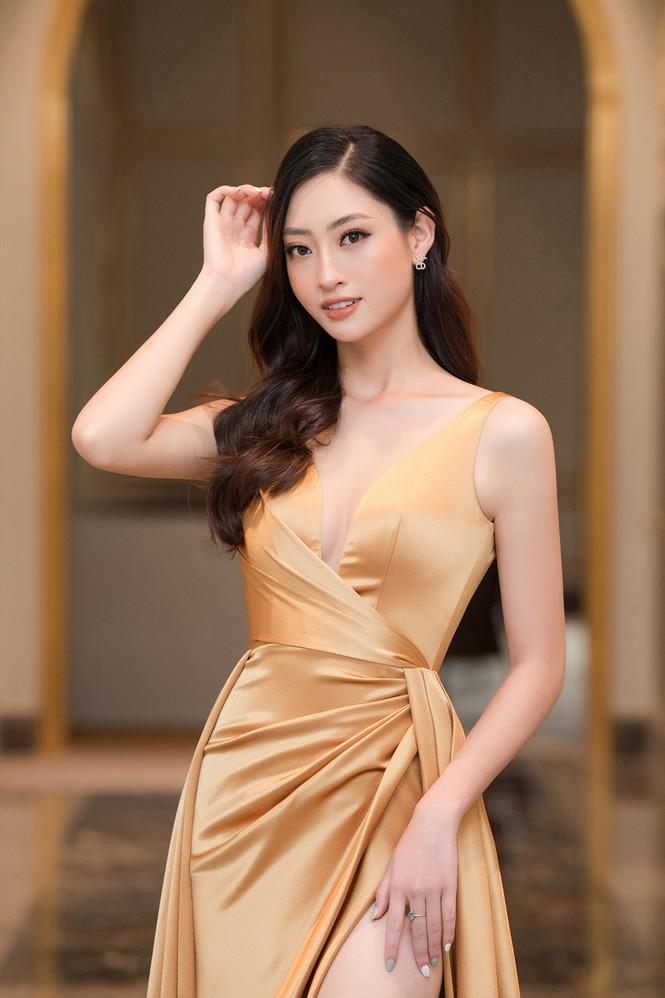 Dàn người đẹp trải nghiệm khách sạn 8 sao dát vàng tại Hà Nội - ảnh 5