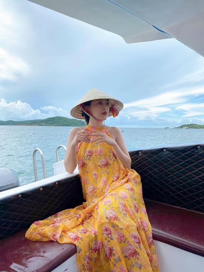 Hoa hậu Diễm Hương hoá gái Nhật, H'Hen Niê rạng rỡ mặc áo xanh tình nguyện - ảnh 12