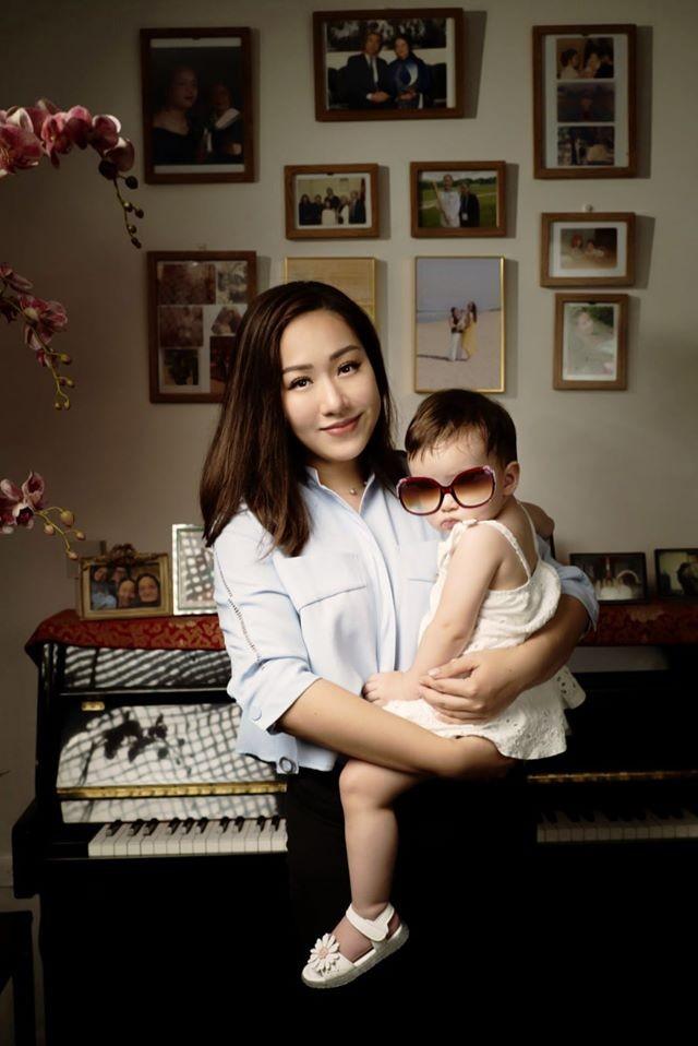 Hoa hậu Diễm Hương hoá gái Nhật, H'Hen Niê rạng rỡ mặc áo xanh tình nguyện - ảnh 10
