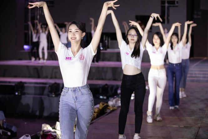 Biên đạo múa Kim Anh chia sẻ yếu tố quan trọng nhất để các thí sinh HHVN thể hiện  - ảnh 3