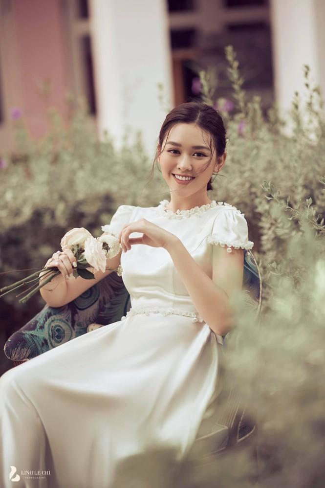 Á hậu Tường San sắp kết hôn ở tuổi 20, hé lộ về chồng sắp cưới hơn 9 tuổi  - ảnh 1
